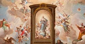 The Holy Spirit surrounded by angels in Glory with Saint John the Evangelist, king Solomon and a trompe l´oeil altarpiece with the Immaculate Conception